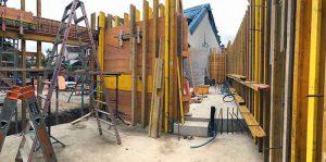 Schalung der Aussenmauern, Anbau «Im langen Loh/Erstfeldstrasse»