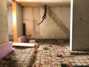 Kellerboden wird betoniert